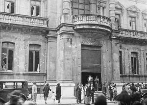 Casino de San Sebastián después de los combates