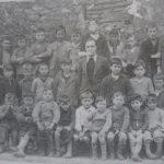 Luis Hernández con sus alumnos en 1934