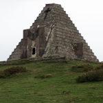 La Pirámide de los Italianos. </br>Puerto del Escudo (Burgos/Cantabria)